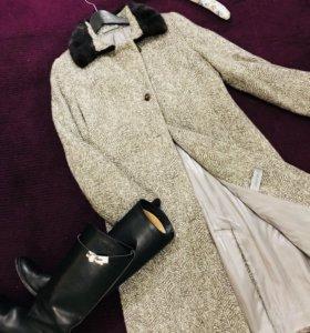 Пальто с натуральной норкой