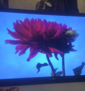 Телквизор ролсен 42 дюйма FULL HD (полосы на экра)