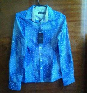 Новая женская стрейчевая рубашка