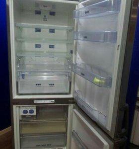 Запчасти полки холодильник Whirlpool ARC 8140