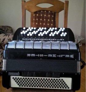 Продаётся немецкий аккордеон