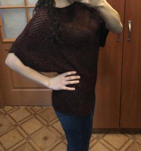 Два свитера