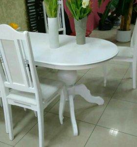Новые обеденный стол и 4 стула из массива