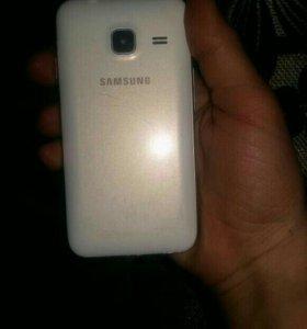 Телефон j 1 mini