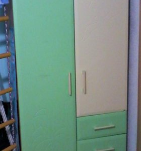 Шкаф и комод в детскую комнату