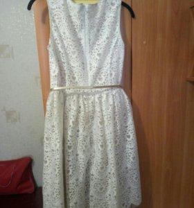 Платье на девочку 164см