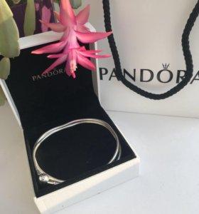 Pandora колье