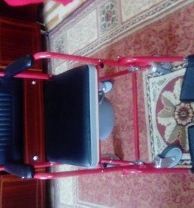 инвалидное кресло -каталка с санитарным оснащением