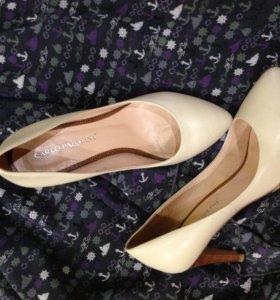 Туфли Carlo Pazolini и босоножки