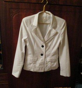 Джинсовый пиджак 46-го р-ра