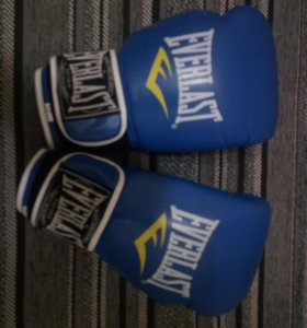 Боксёрские Перчатки 10 размер.