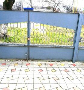 Ворота и калитка металлические б/у