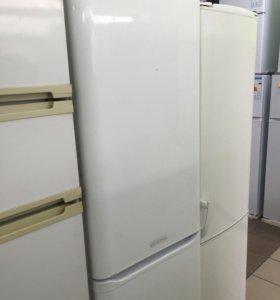 Холодильник Ariston 👍