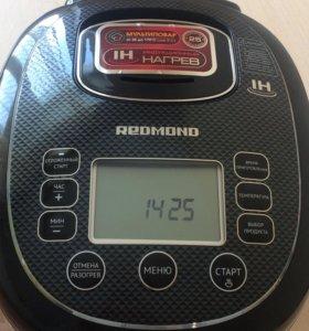 Мульварка REDMOND RMC-IH300