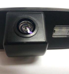 Камера заднего хода Киа Соренто 2012