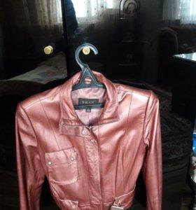 Куртка из натуральной лайки новая размер 46.48