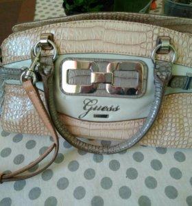 Фирменная сумка Guess
