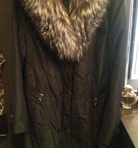 Женское пальто из плащевой ткани