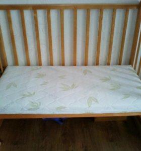 Кроватка детская+ матрац