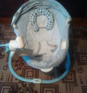 Детский укачивающий центр. С рождения и до 11 кг