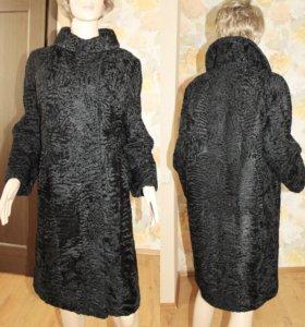 Пальто шуба из каракульчи в стиле Шанель