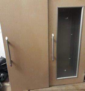 Навесные шкафы 2 штуки
