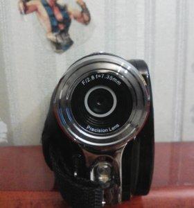 Sony V8 digital video camera 12.0 megapixel