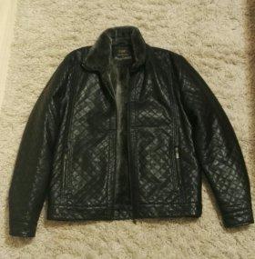 Мужская куртка. Зима + Демисезон. Размер 52.