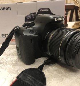 Зеркальный фотоаппарат Canon EOS 550D Kit 18-55 IS
