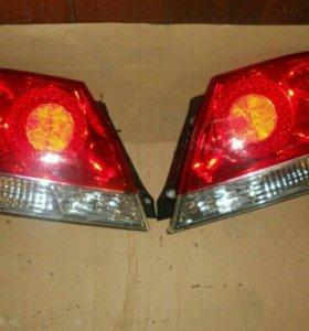 Фары задние,Mitsubishi Lancer 9 седан