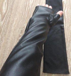 Перчатки длинные новые