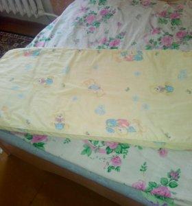Матрас детский в кровать