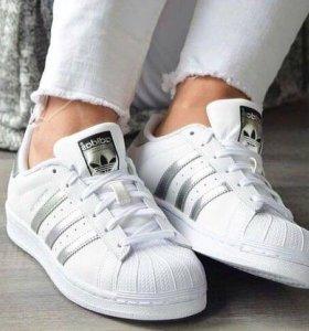 Кроссовки Adidas Superstar новые
