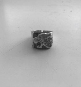 Продам или обменяю серебряное кольцо