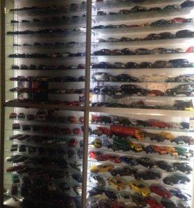 Коллекция масштабных автомобилей 1:24