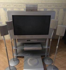 Телевизор Grundig c тумбой без колонок и DVD