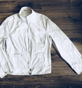 Куртка весенняя (Ветровка)