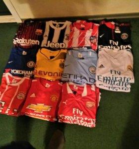 Футбольная форма комплект футболка+шорты