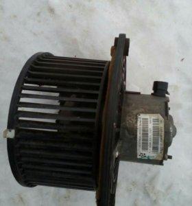 Мотор печки Lada Kalina