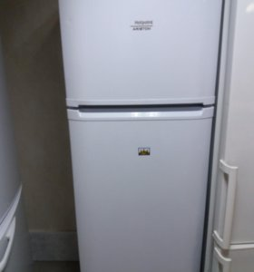 Холодильник Hotpoint-Ariston RMTA 1185