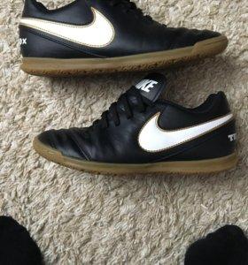 Футзалки Nike Tiempox