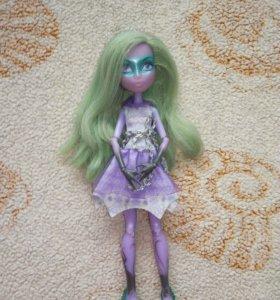 Срочно продам куклу Монстер Хай в этом месяце