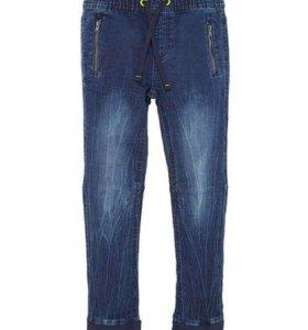 Новые джинсы р-р 92