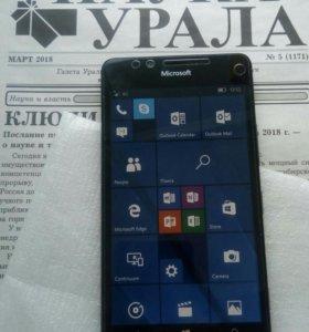 Смартфон Microsoft 950
