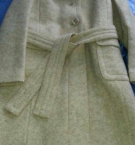 пальто демисезонное фирмы ЛИТА