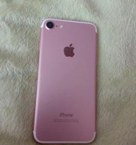 IPhone 7 розового цвета 128 гб