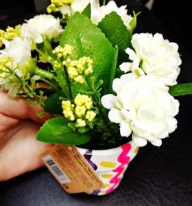 Цветок искусственный декоративный в горшке