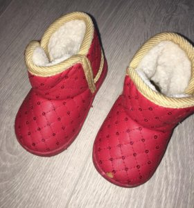 Ботиночки на тёплую зиму, весну.
