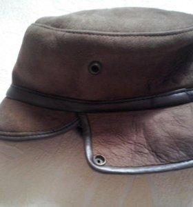 Мужская зимняя шапка.