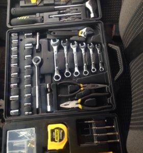 Набор инструмента для авто и дачи